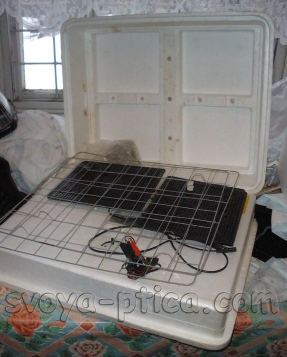 Комплектация домашнего инкубатора для вывода цыплят и гусят
