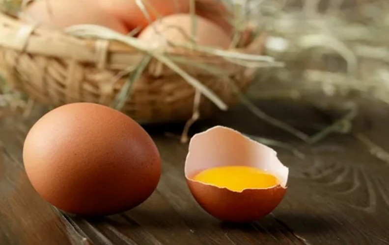 Яйца кур триколор